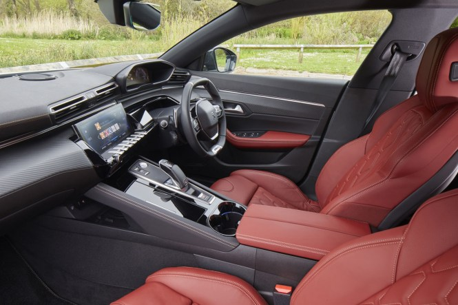 New Peugeot 508 SW 2019 review cabin red