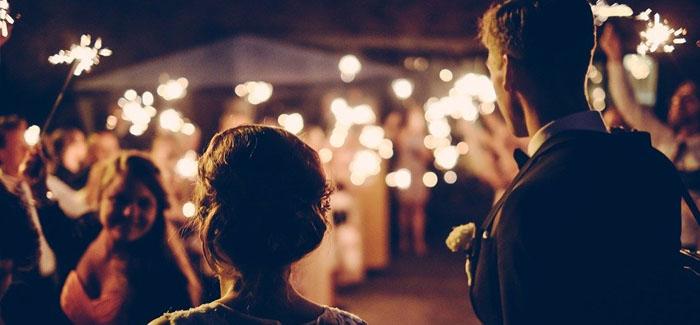 Having a Grand Wedding: When is it a Good Idea?