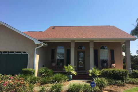 New shingle roof in Springfield FL