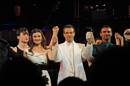 (L-R) Idina, Adam and Marti