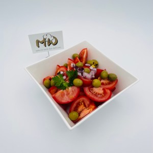 Tomaten Oliven Salat