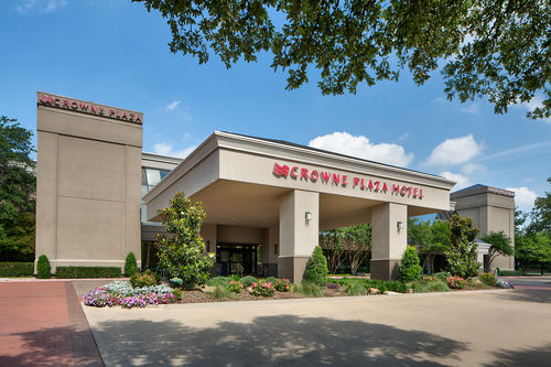 Crowne Plaza in Addison
