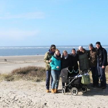 Gruppenfoto am strand