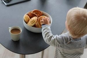 Rezept für Zimtschnecken mi Apfel. Super schnell und lecker.Kanelsnegle ist das dänische Wort für diese Franzbrötchen wie wir Hamburger sagen. Rezept auf dem Blog von   Ichsowirso.de
