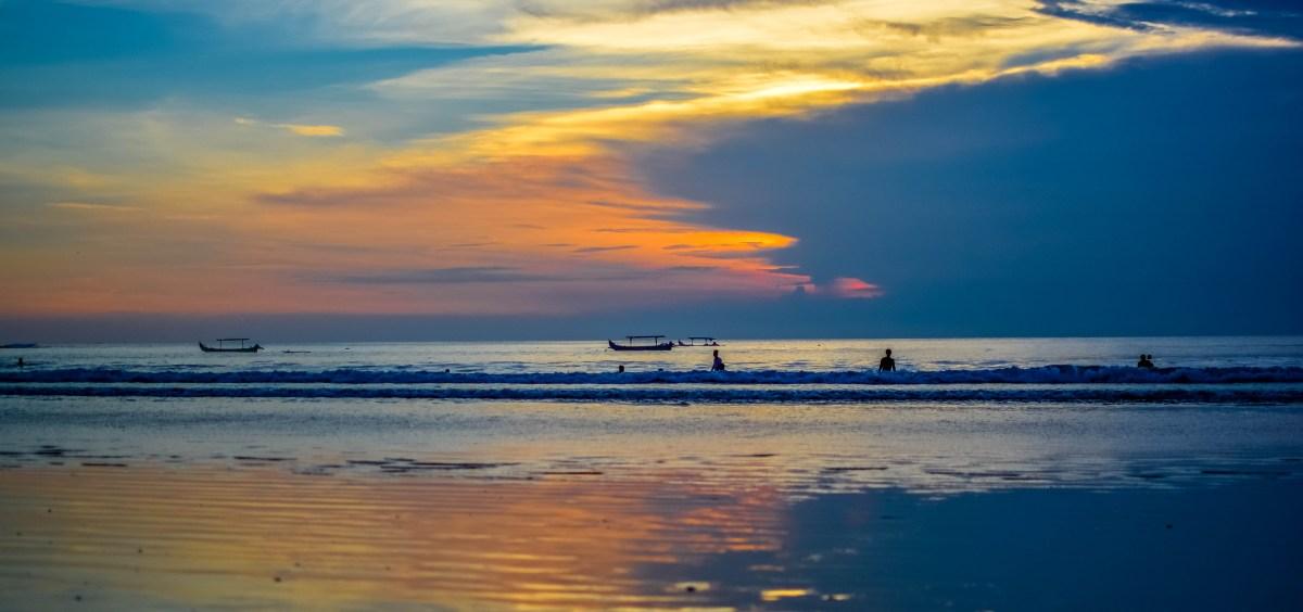Bali coucher de soleil sanur kuta