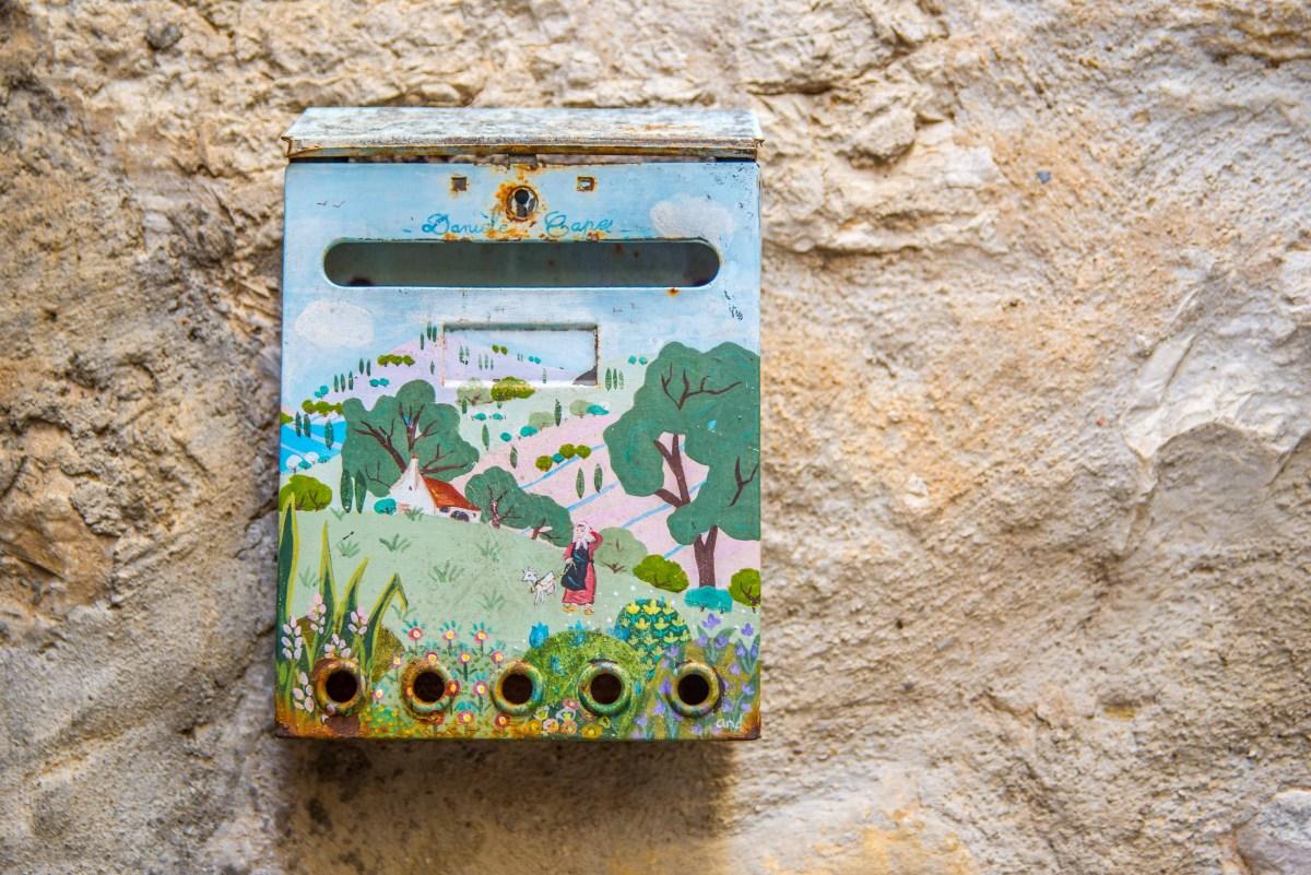 Saint-Paul-De-Vence Saint Paul De Vence Provence Alpes Côte D'Azur icietlàbas ici et là-bas blog voyage boite aux lettres BAL