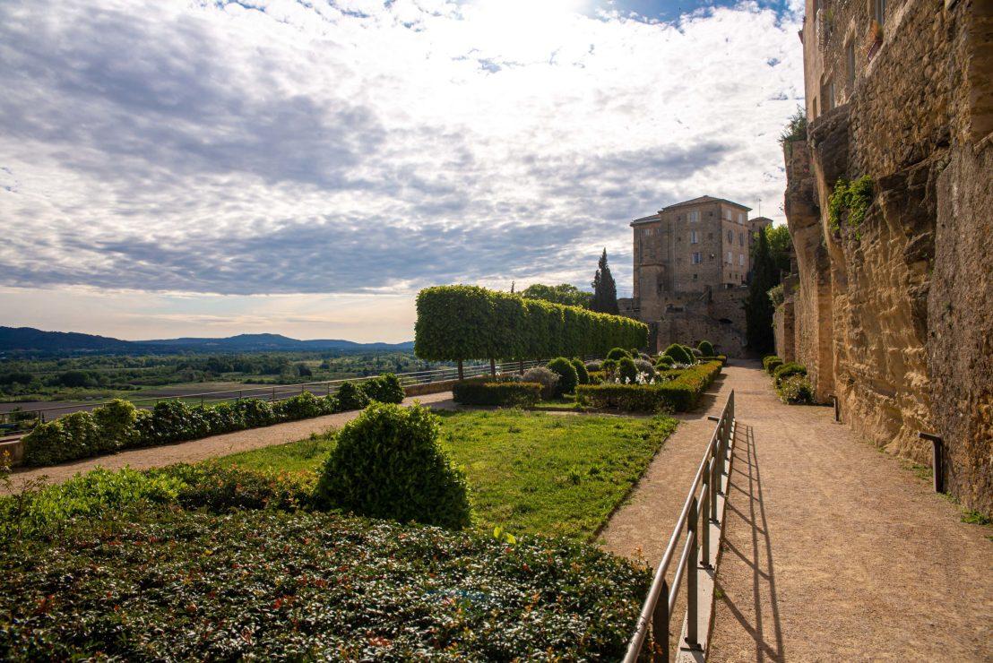 Lauris Villages méconnus du Luberon blog voyage France