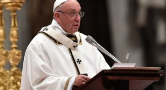 Pope Francis likens migrants to biblical Mary and Joseph