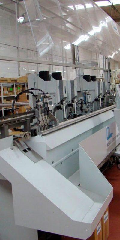 Máquina automática para la producción de cableado LED