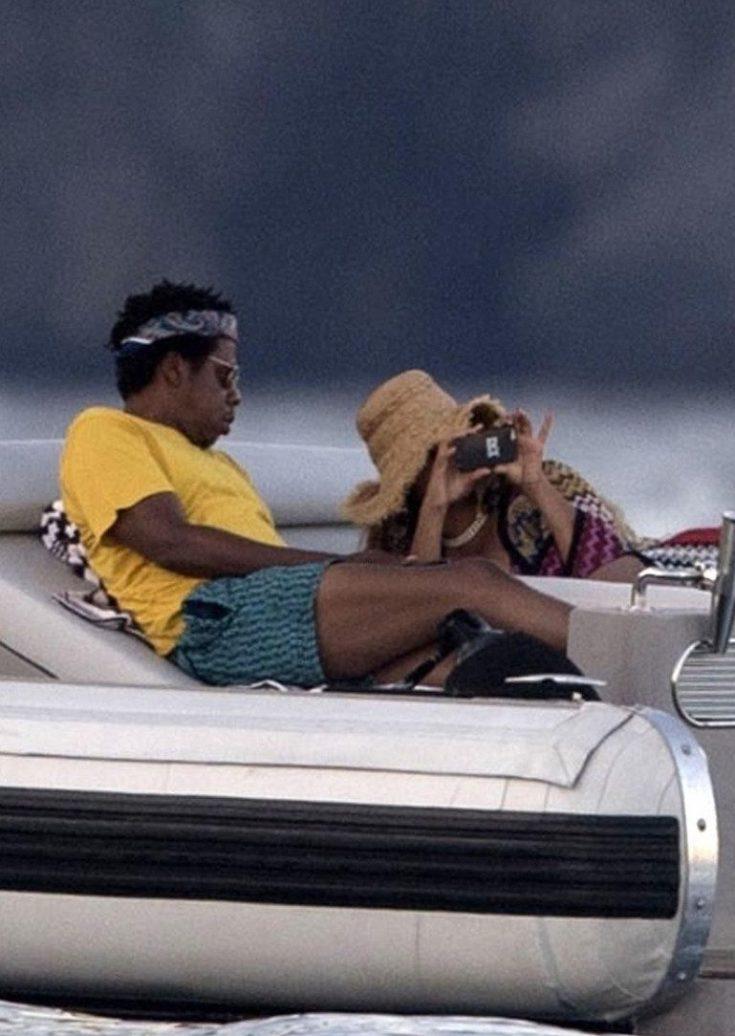 PAPARAZZI: Beyoncé Takes Photos of Jay-Z ON A BOAT! image