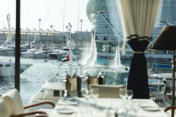 LISTINGS RELEASE Six al-fresco dining experiences to dive into on Yas Island