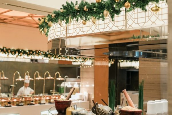 Four Seasons Hotels Dubai Unwrap the Festive Season