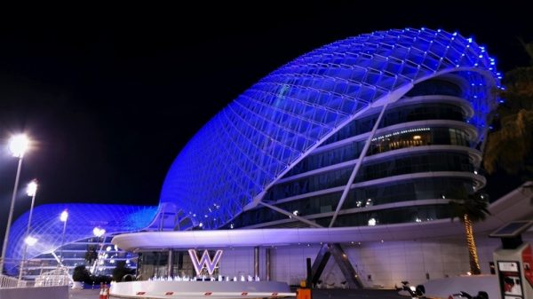 Yas Island illuminates blue in tribute to frontline workers during Formula 1