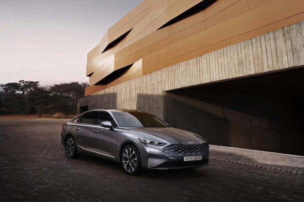 K8, a modern innovative sedan,herald the newly transformed Kia brand