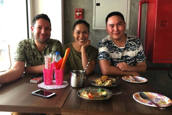 LOVE IS ALL YOU NEED: START YOUR DREAM THAI STREET FOOD