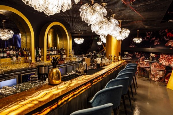 Glo: Opulent New Restaurant, Bar and Terrace Lights Up the DIFC