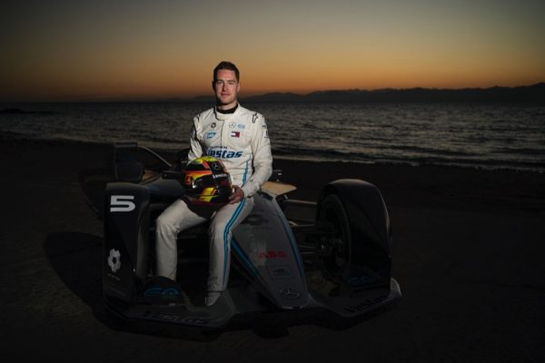 MERCEDES-EQ FORMULA E TEAM VISITS NEOM AHEAD