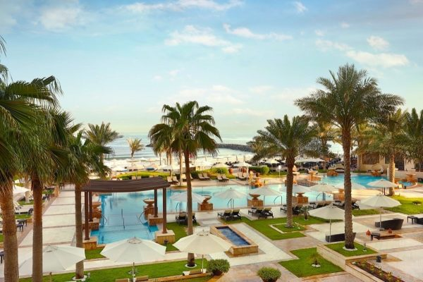 DIP, SIP, EAT & REPEAT AT AJMAN SARAY, A LUXURY COLLECTION RESORT