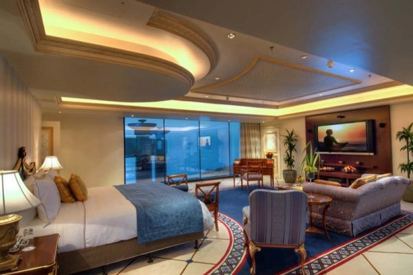 INDULGE IN A SUMMER OF LUXURY AT ROSEWOOD JEDDAH