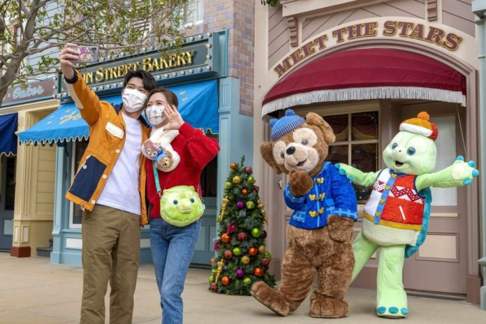 15th Anniversary Launch Celebration A Disney Christmas Duffy and Friends Wintertime Experience