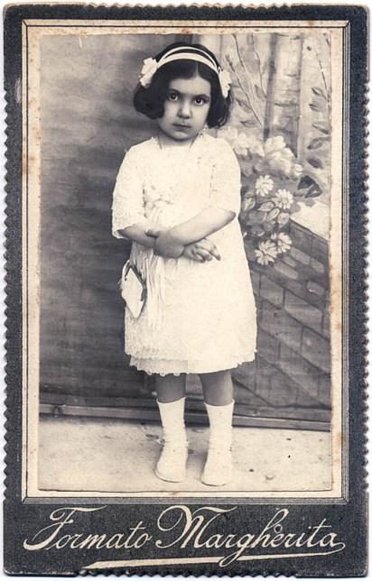Bambina. Foto di Carlo Marino