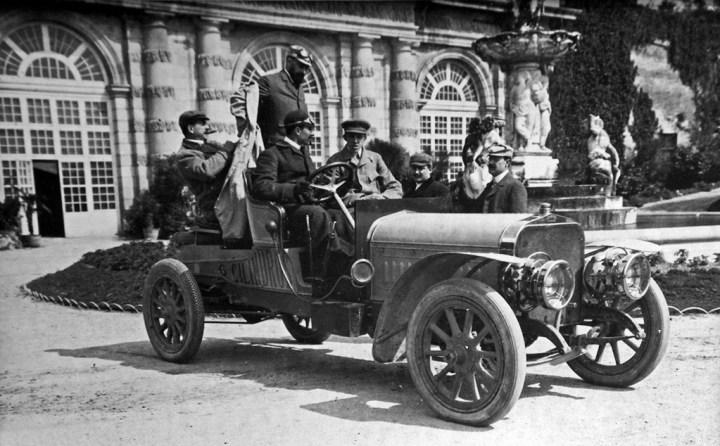 Francisco Abadal y Alfonso XIII con un Hispano-Suiza 6 cilindros
