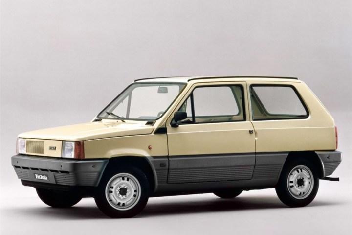 Coches clásicos italianos: Fiat Panda   FCA