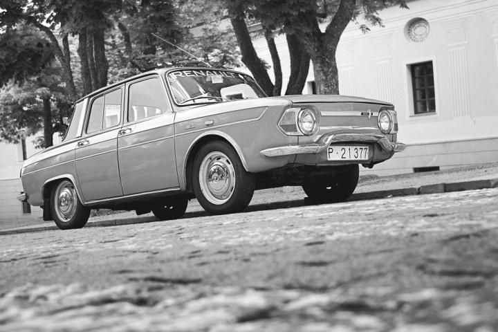 Comprar un coche clásico: Renault 8