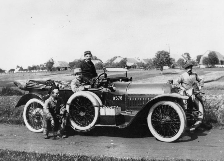 Peugeot Type 145 fabricado entre 1913 y 1914