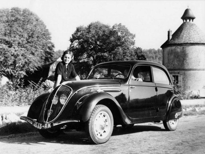 El Peugeot 202, del que se hicieron 139.718 unidades entre 1938 y 1949