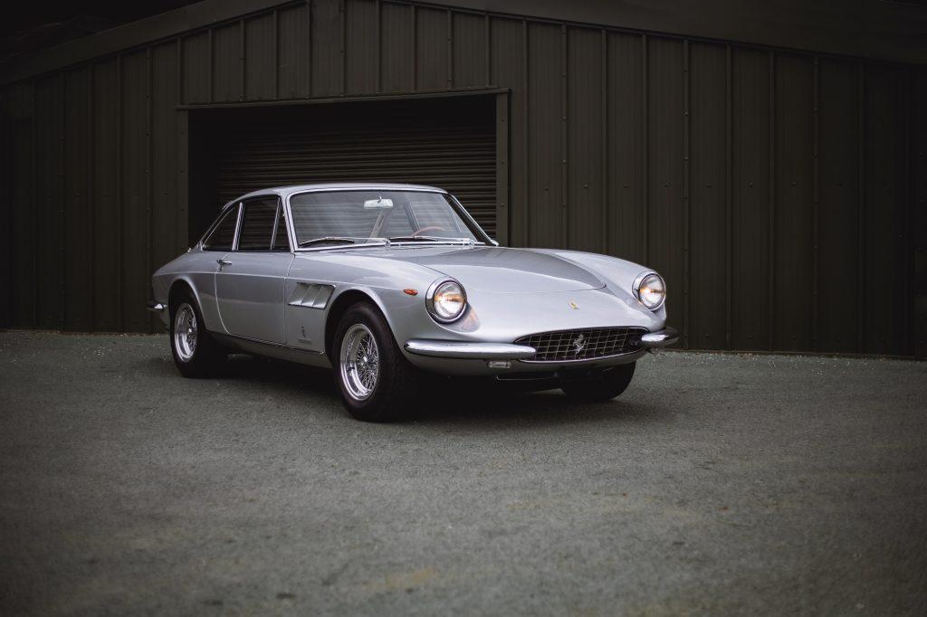 Ferrari 330 GTC Pininfarina (1966) 556.250 €