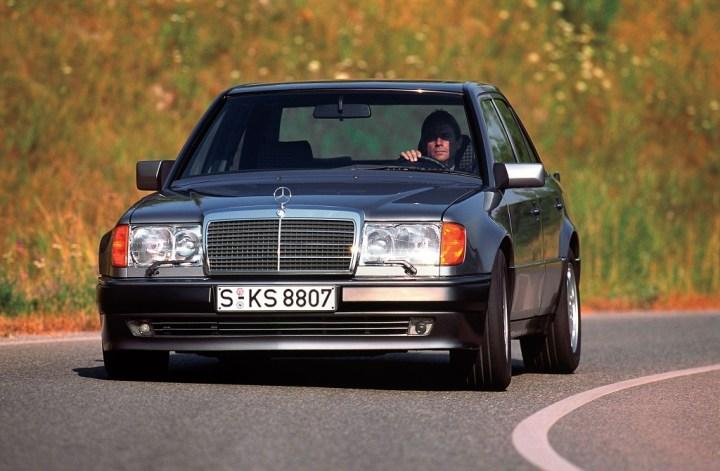 30 años en 2020: Mercedes-Benz 500 E