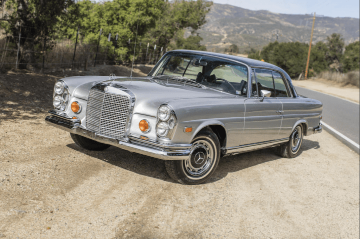 Bonhams 1969 Mercedes-Benz 280SE Coupe 90.720 $