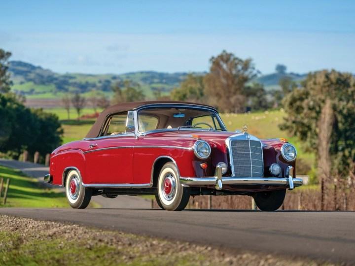 1960 Mercedes-Benz 220 SE Cabriolet 103.600$ est 140-180.000$