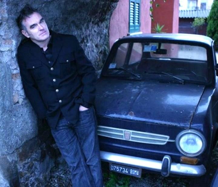 Morrisey con su Fiat 850 | Rock Stars Cars de Red Planet
