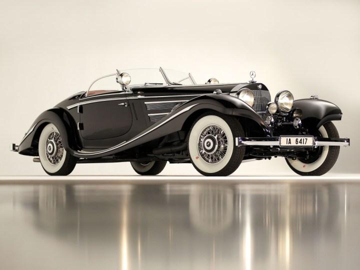 Mercedes-Benz 540K Spezial Roadster (1936) vendido por Gooding en Pebble Beach el 19.8.2012 por 11,8 M$ (13,1 M$)