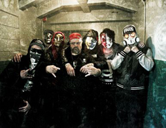 Hollywood Undead Meet Slipknot's Clown