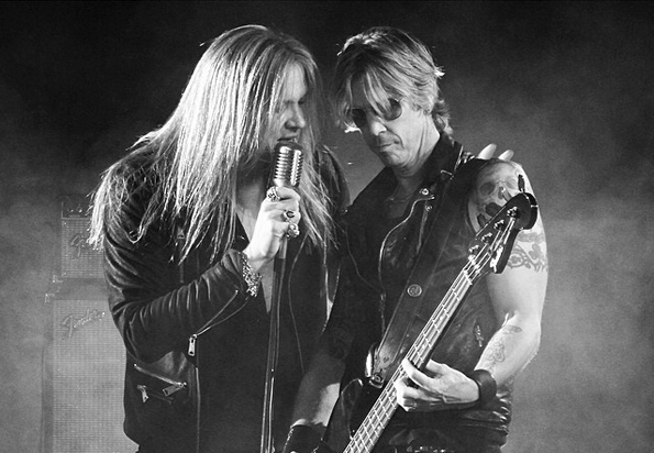 Sebastian Bach and Duff McKagan lay it down.