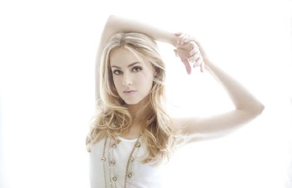 Amanda-Schull-2015-5
