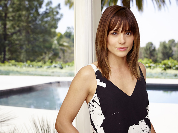 SATISFACTION -- Season:1 -- Pictured: Stephanie Szostak as Grace Truman -- (Photo by: Robert Ascroft/USA Network)