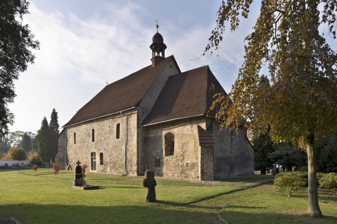 Kostel sv. Jakuba Většího v Ostrově