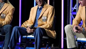 Pro Football Hall of Fame: Manning cuts up, Charles Woodson emotional to cap weekend