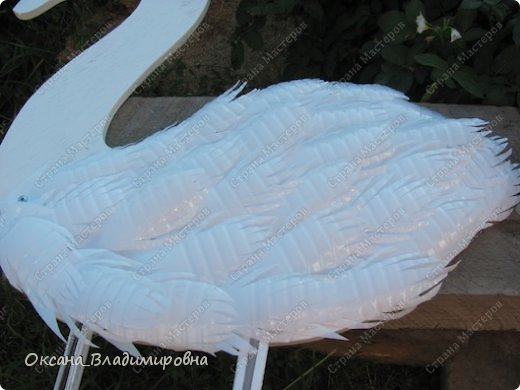 How To Diy Swan Garden Decor From Plastic Bottles