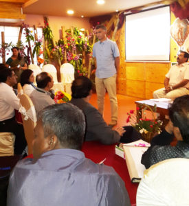 Mr. Krishna Byre Gowda interacting with the media representatives Photo: T Ray ICRISAT