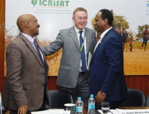 Dr. Peter Carberry of ICRISAT with HE Mr. Tesfaye Mengiste Dori (L) and HE Eyasu Abraha Alle (R)