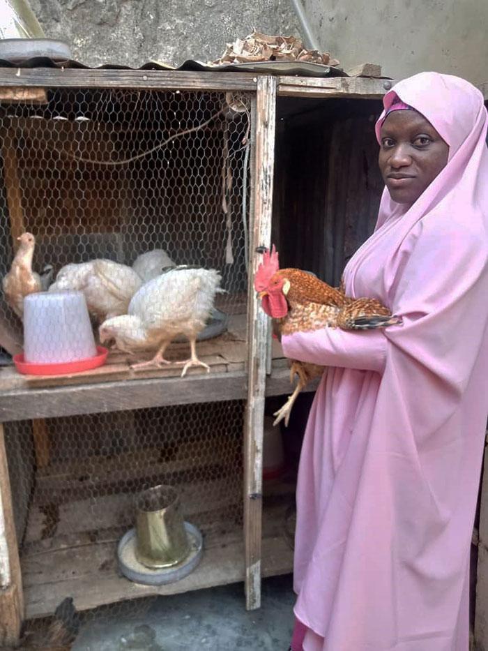Ms Halima Abbas Salisu, engaged in poultry farming during the lockdown period. Photo: L Bala, ICRISAT Nigeria