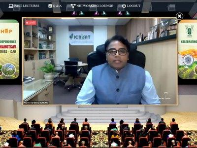 Dr Varshney, delivering an online lecture as part of Bharat Ka Amrut Mahotsav ICAR Lecture Series. Screenshot: N Mishra, ICRISAT