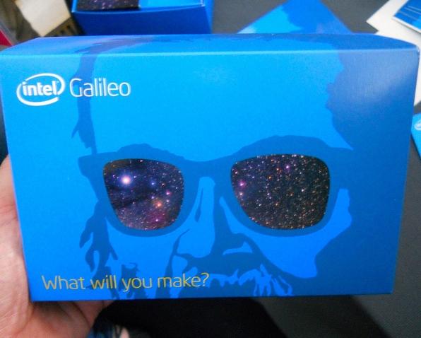 La confezione di Intel Galileo