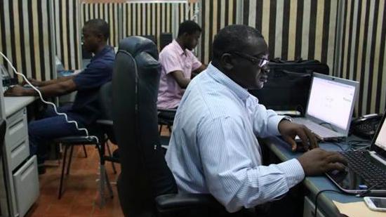 ebola-call-center