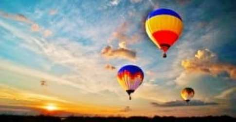 Dubai-Hot-Air-Ballooning_1439553571-375x195